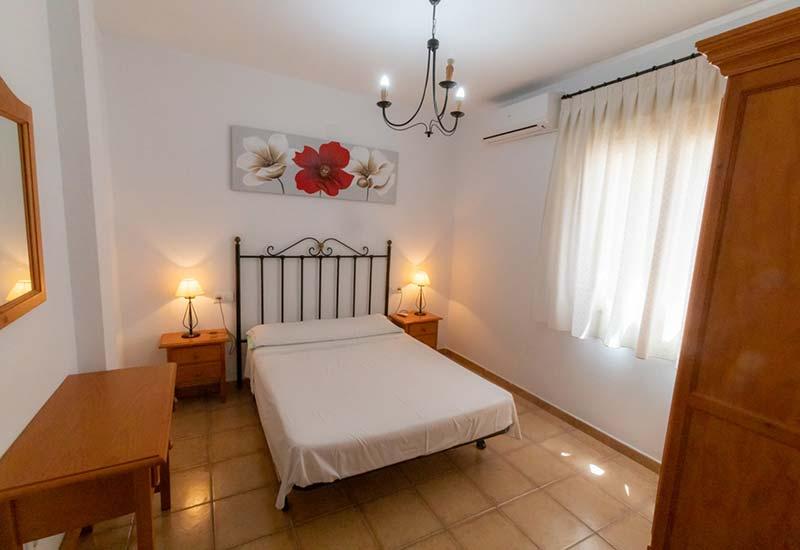Apartamentos Corona - Segundo Izquierda
